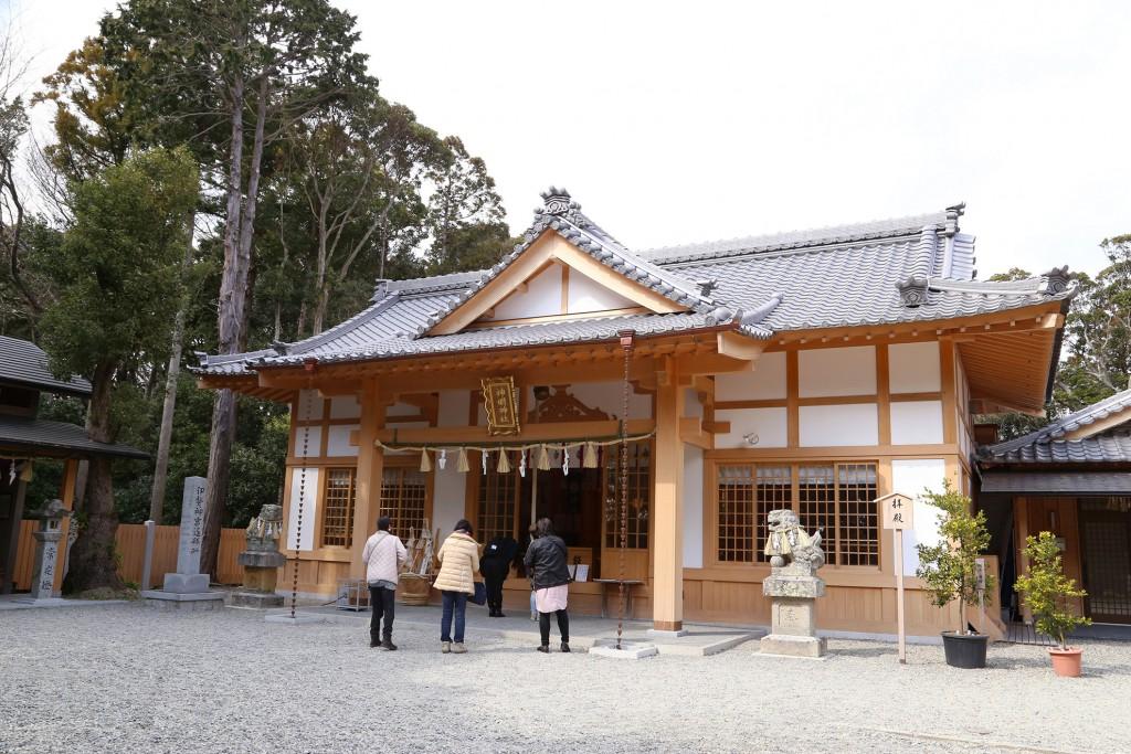 神明神社石神さん